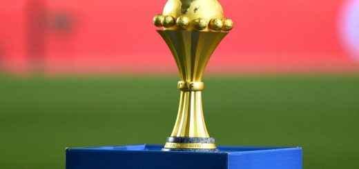 Le-trophee-de-la-Coupe-d-Afrique-des-nations